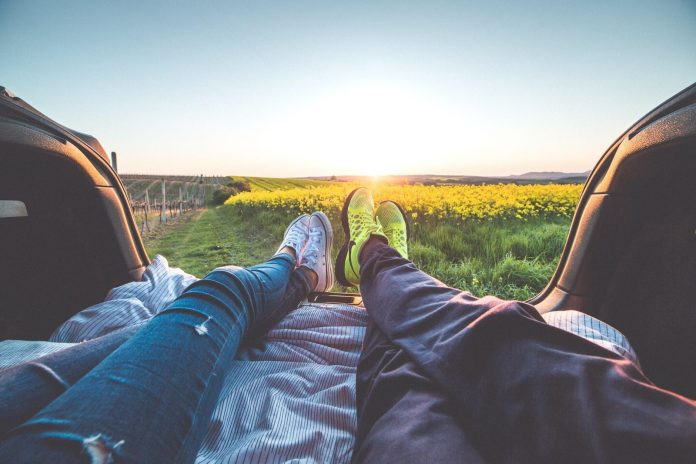 5 Stages of Love Every Relationship Experiences