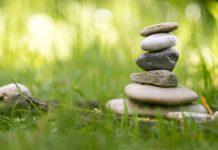 stone-balancing