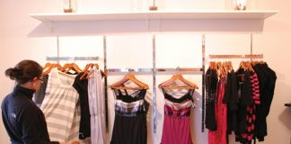 5 Reasons to Start on Clothing Business - Best Ways to Get Rich!