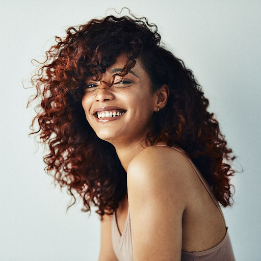Achieve lucious and well-defined curls with right styling routine